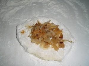 Лепим картопляники с капустой