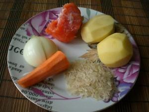 Продукты для супа с красной рыбой