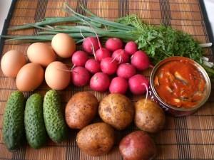 продукты для окрошки с консервой в томатном соусе