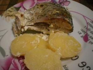 рыба запеченная со сметаной и картофелем в духовке