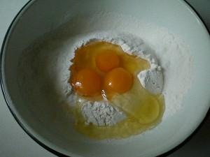 яйца для макарон