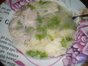 зелень в суп на курином бульоне