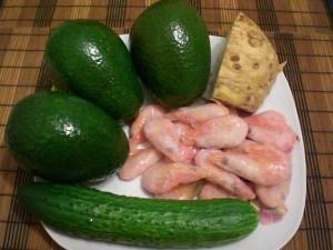 авокадо, огурец, сельдерей, креветки