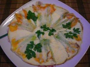 омлет с цветами тыквы