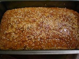 вынуть хлеб и остудить